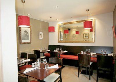 Décoration et aménagement de salle de restaurant